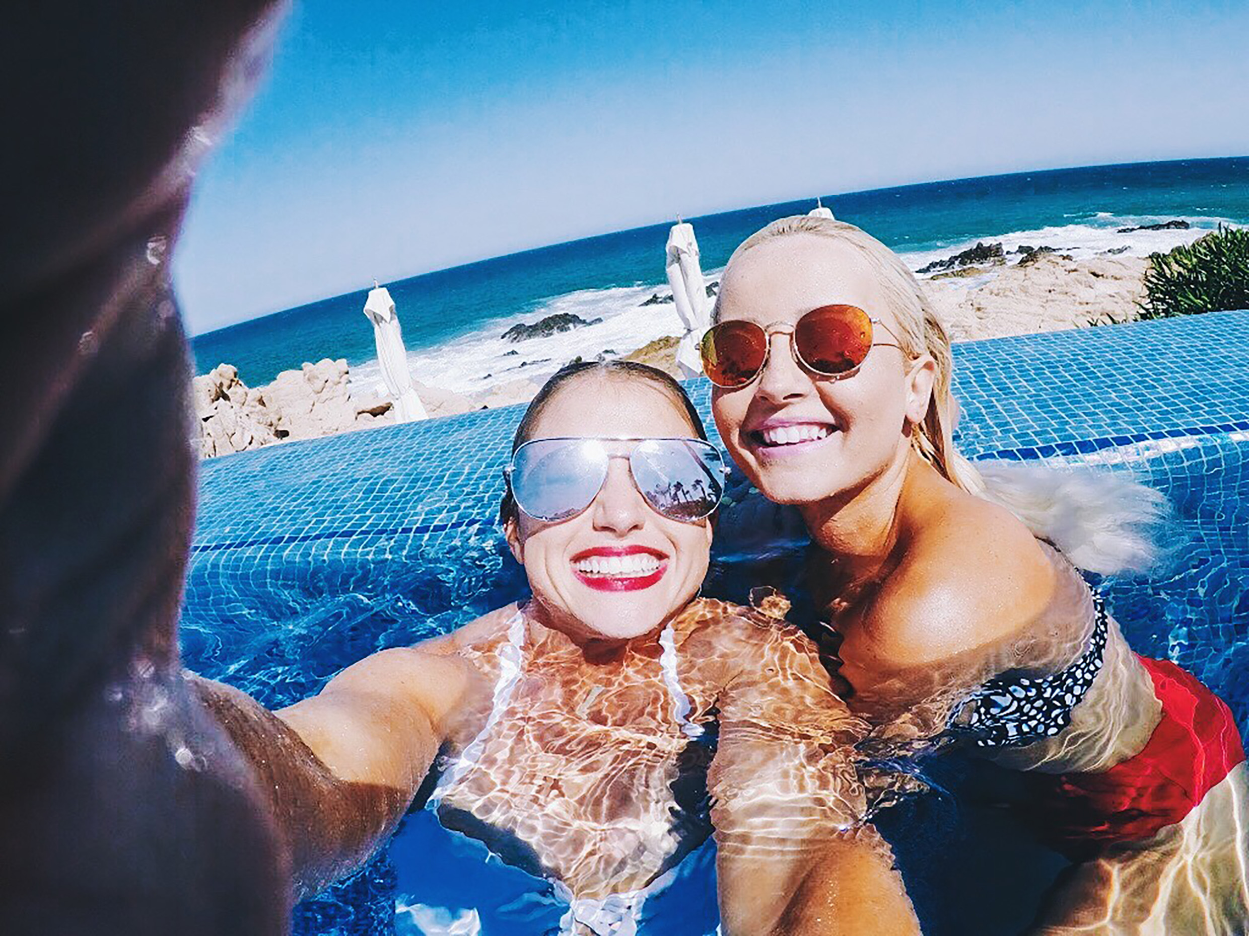 A VLOG OF OUR GIRLS TRIP TO CABO